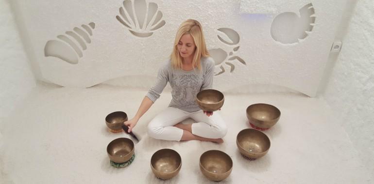 Zvočna kopel v solni sobi