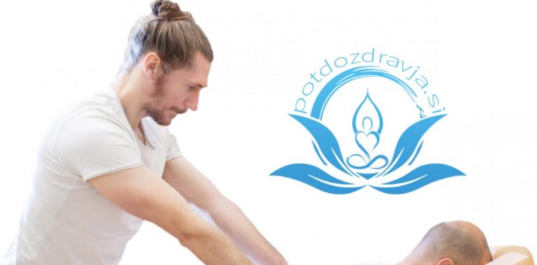 Aktivna akupresurna masaža na stolu