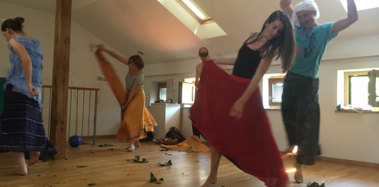 Dancing Archetypes