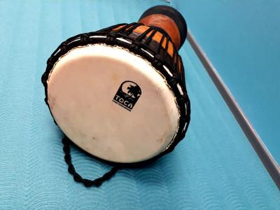 Boben djerba razbremeni tvojega otroka - zvočna kopel z bobnom