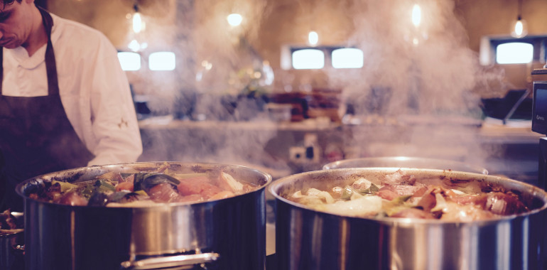 Hrano je potrebno skuhati – tradicionalna kitajska medicina pojasni prebavni sistem