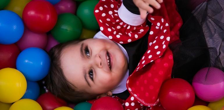 Delavnica Z Notranjim Otrokom – Poišči Radost V Sebi