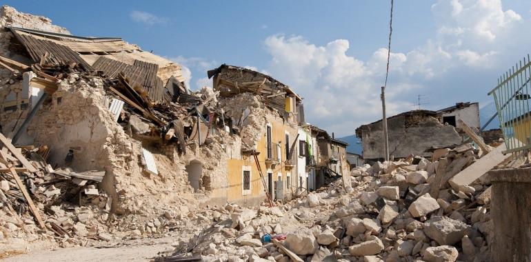 Zakaj potresi in druge naravne katastrofe?