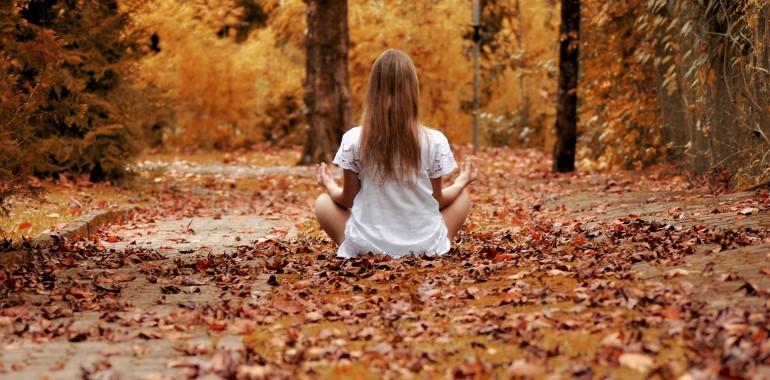 Stopi na pot obilja - meditacija za oktober 2018