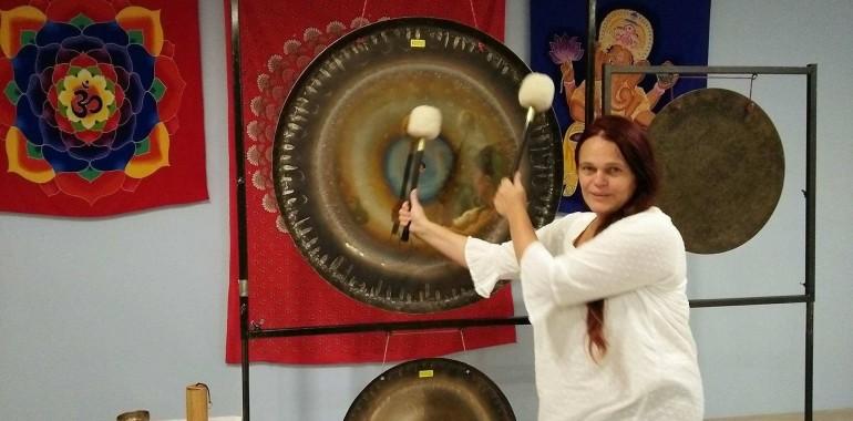 Sladka pesem gongov