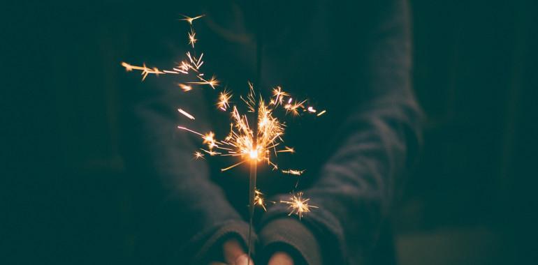 Tedenski namig: prebuja se plamen strasti, ki bo zanetil iskrico novih idej