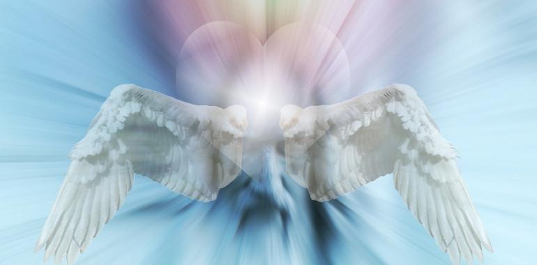 Angelski tretmaji in Healingi
