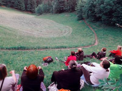Meditacija s šamanskim bobnom  v naravi
