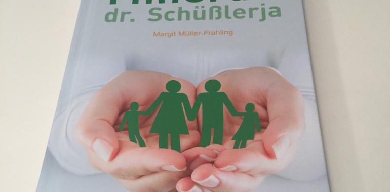"""Knjiga - priročnik """"V utripu življenja"""" Minerali dr. Schüsslerja"""