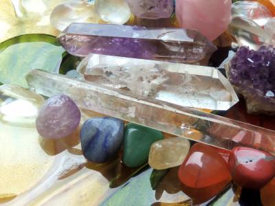 Kristalna šola – kristali in kristaloterapija
