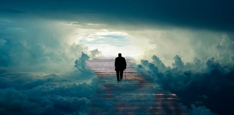 Posmrtne izkušnje in življenje po življenju ...