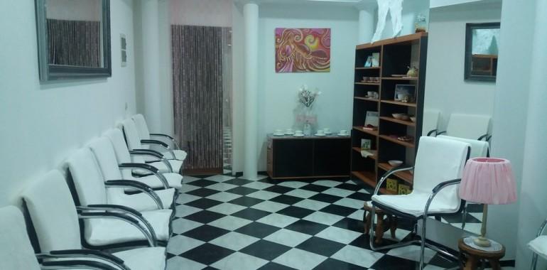 Duhovno vodstvo, Šola luči, terapije, meditacije