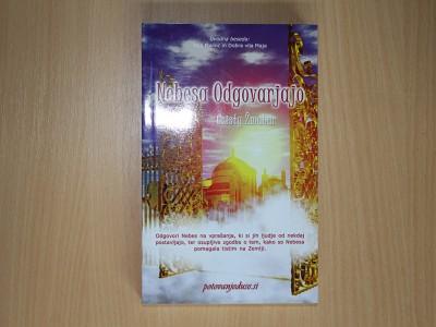 Knjiga Nebesa Odgovarjajo