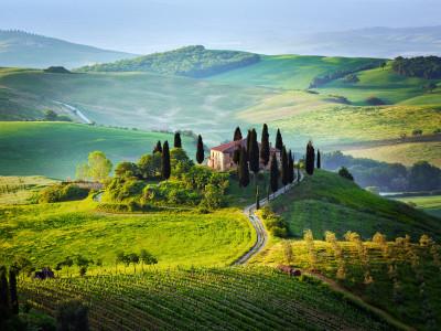 Magično potovanje v Toscani z Mašo Plaznik