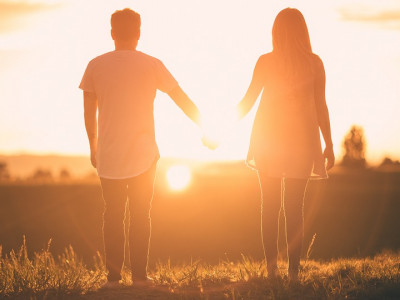 Partnerski odnos v krizi: Kako obuditi ljubezen in spoštovanje?