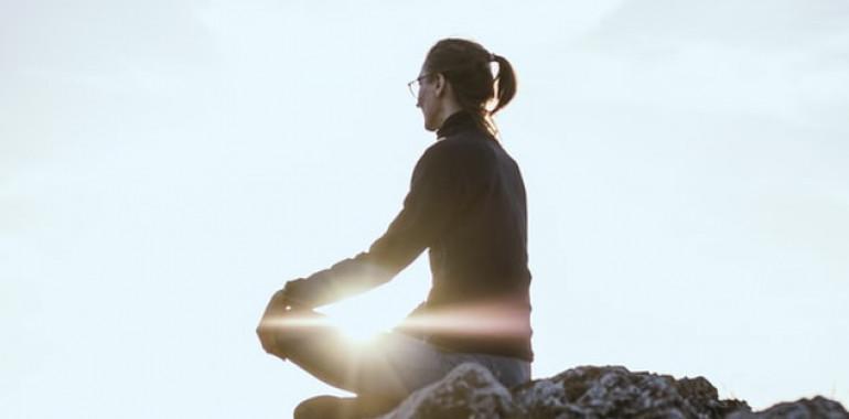 Kako dvigniti svojo vibracijo s svetlobo?