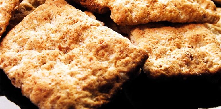 Hrustljavi pirini krekerji