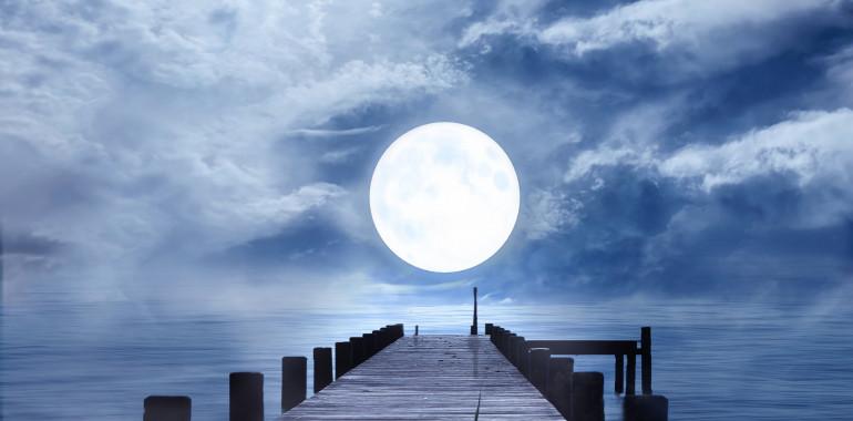 Kaj nam prinaša prva polna luna v letu 2020?