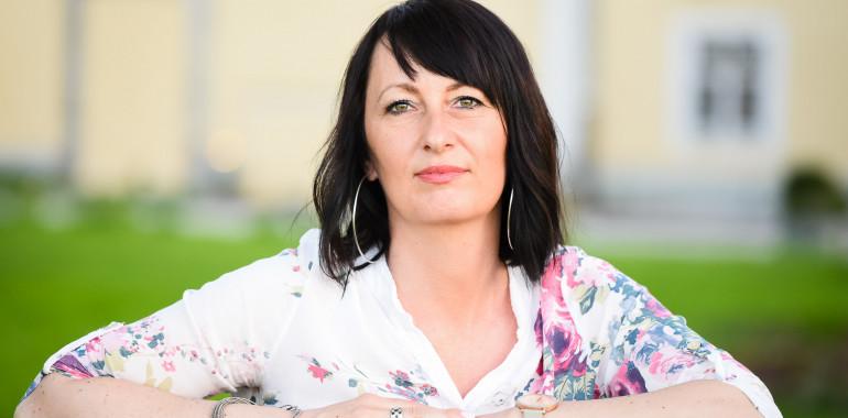 Katja Selčan, psihoterapija in svetovanje