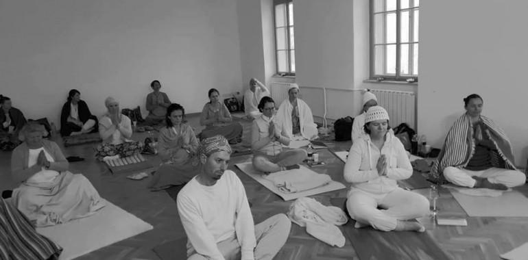 Akal Kundalini Yoga, kundalini joga, meditacija, zvočne kopeli