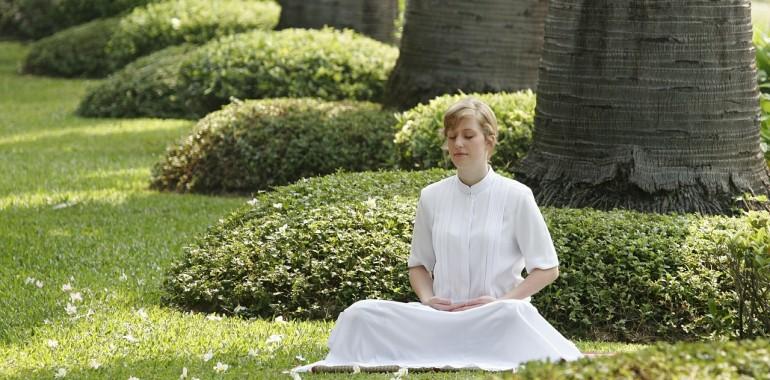 Vibracijska meditacija za osvoboditev strahu Solfeggio