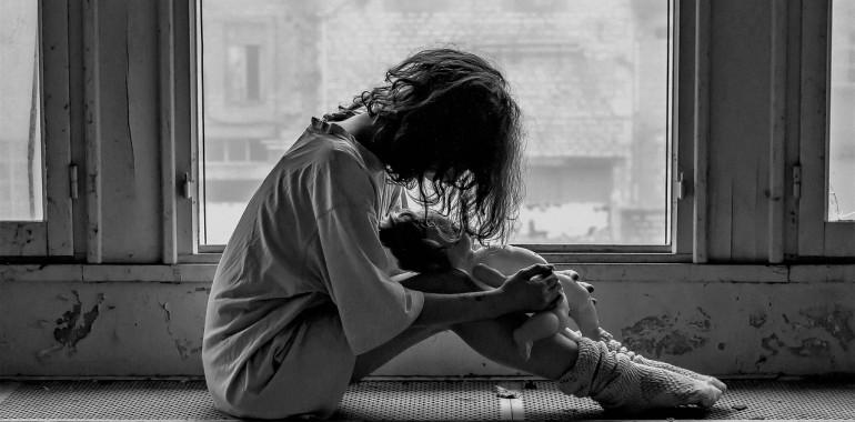 Zaradi tebe sem nesrečna