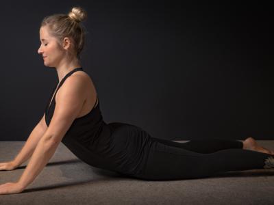 Yin joga položaji za delo skozi strah
