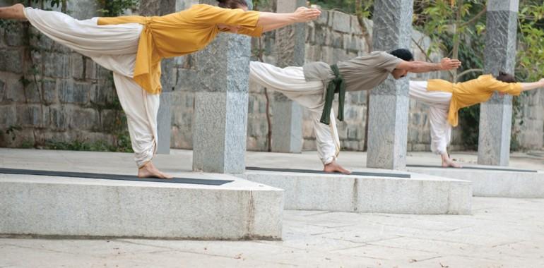 Isha Slovenija, hatha in kriya joga